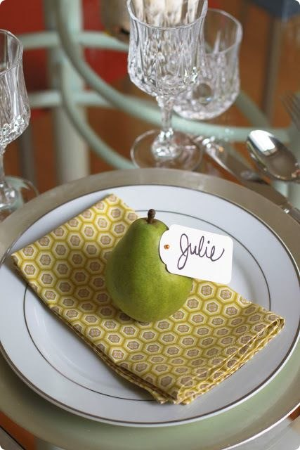 creative-thanksgiving-place-settings-table-2