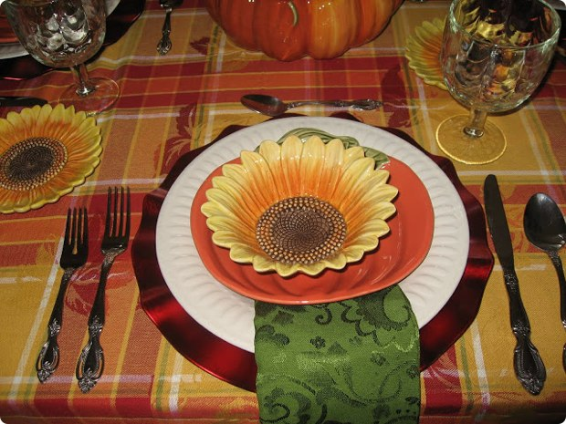 creative-thanksgiving-place-settings-table-24