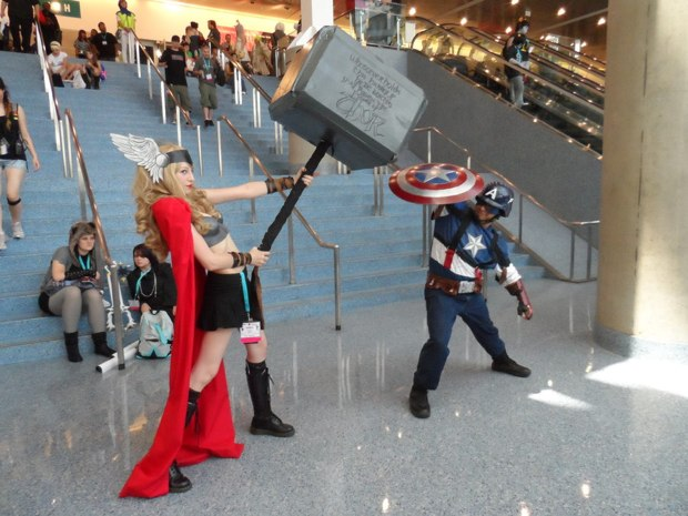 thor vs captain america cosplay