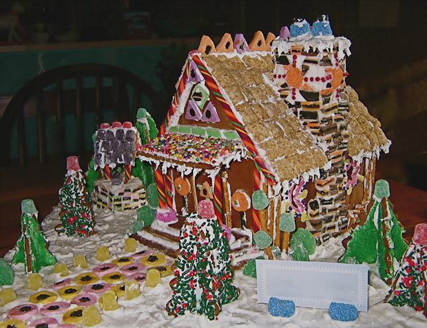 Simple-Inspiring  Gingerbread House Ideas-11
