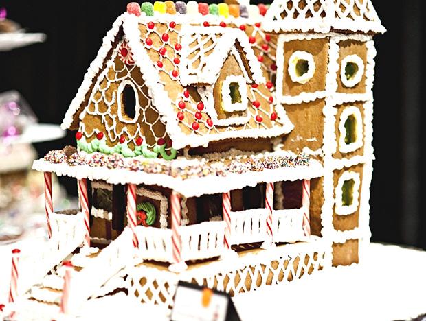 Simple-Inspiring  Gingerbread House Ideas-12