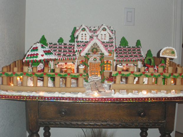 Simple-Inspiring  Gingerbread House Ideas-22