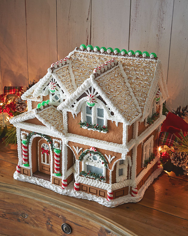 Simple-Inspiring  Gingerbread House Ideas-32