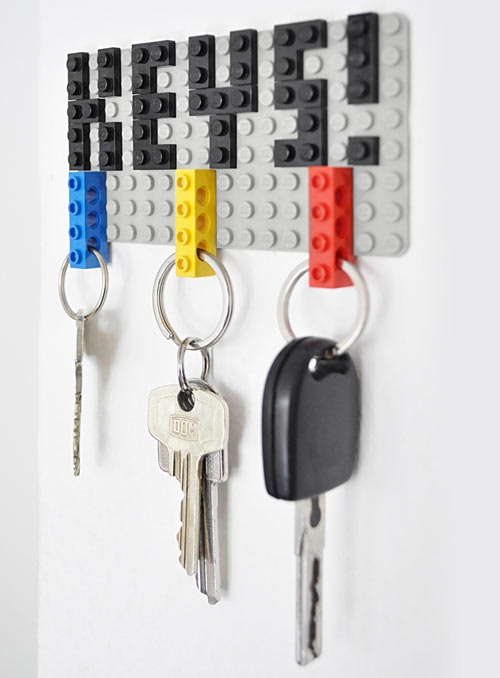 cool-diy-lego-key-hanger-1