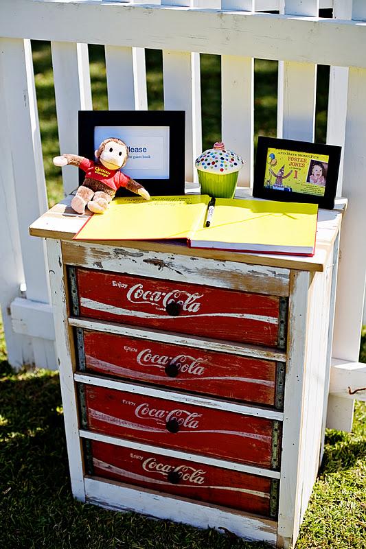 coke-crate-dresser-diy
