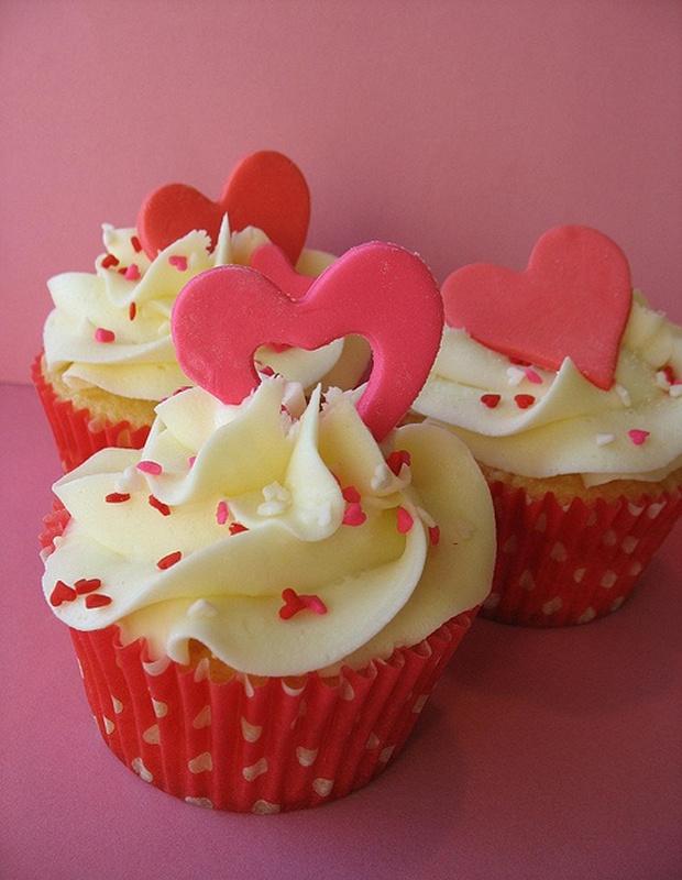 lovely-valentine-cupcakes-24