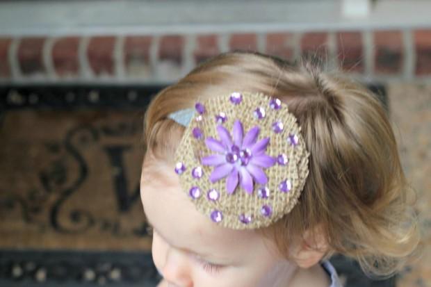easy-burlap-flower-hair-clip-L-JWUF7E