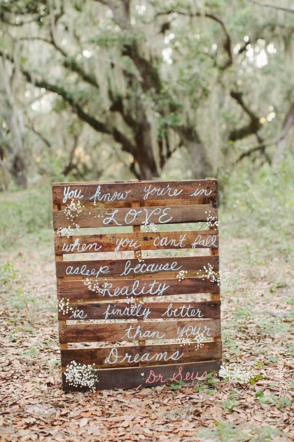 wedding pallet signage