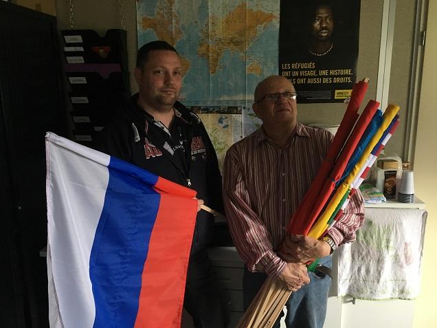 Les membres de Quazar prépare la Pride Festival et la marche des fiertés de ce samedi à Angers.