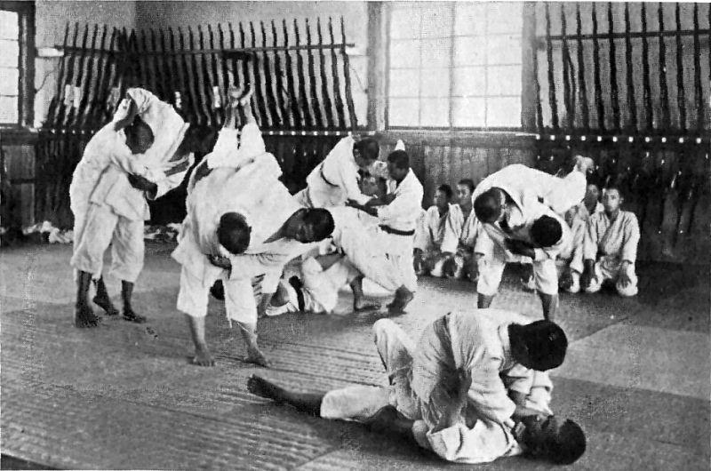 Brazilian Jiu-Jitsu vs Japanese Jujutsu