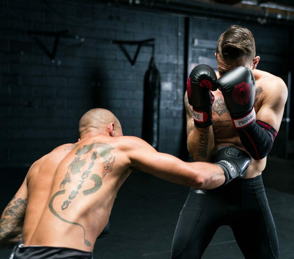 Muay Thai: Traditional vs. Modern Training Methods