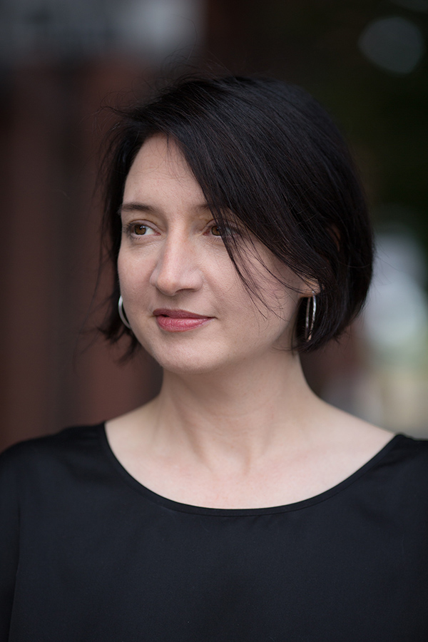 Kate MacDowell - Beautiful Bizarre Art Prize 2020 - Jury Panel - Sculpture Award Judge