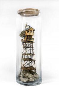 4669-Basia-Wesolowska-sculpture-house-bottle-stilts-900