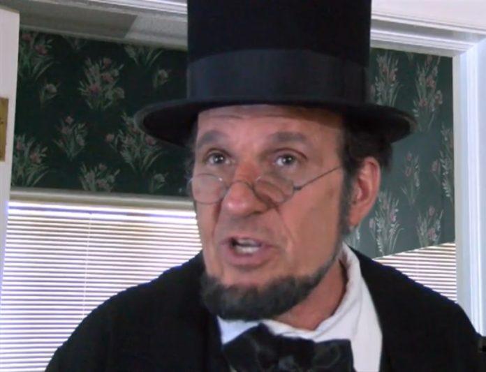 Abraham Lincoln impersonator