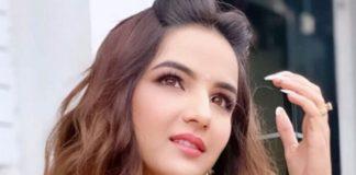 Jasmin Bhasin_21