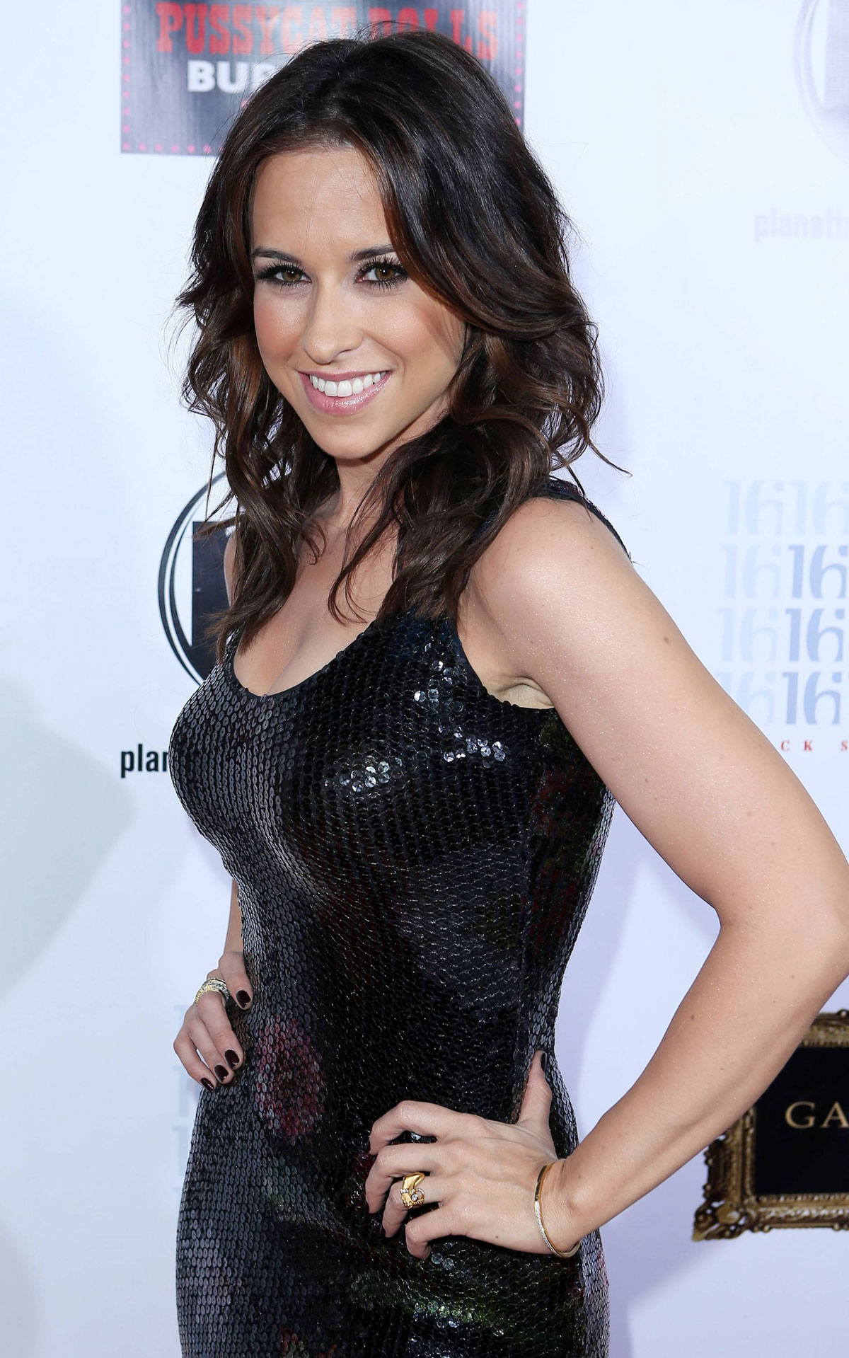 Lacey Chabert cup size