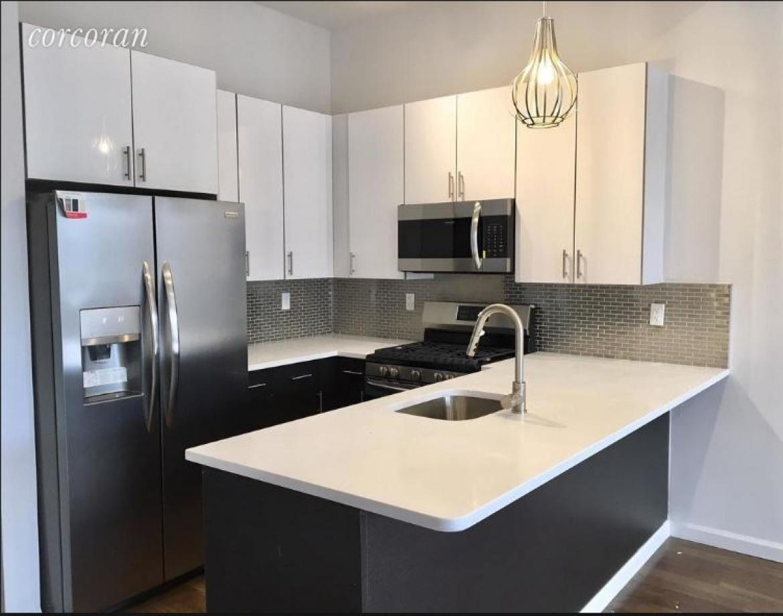 1481 Flatbush Avenue,Brooklyn,New York,United States 11210,3 Bedrooms Bedrooms,2 BathroomsBathrooms,Apartment,1022