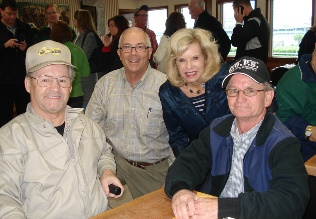 Jockeys Ron Turcotte (left) and Pat Day (right) with Derby Tours members at our backside breakfast