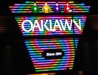 oaklawn_Neon