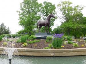 Man o' War statue at Kentucky Horse Park