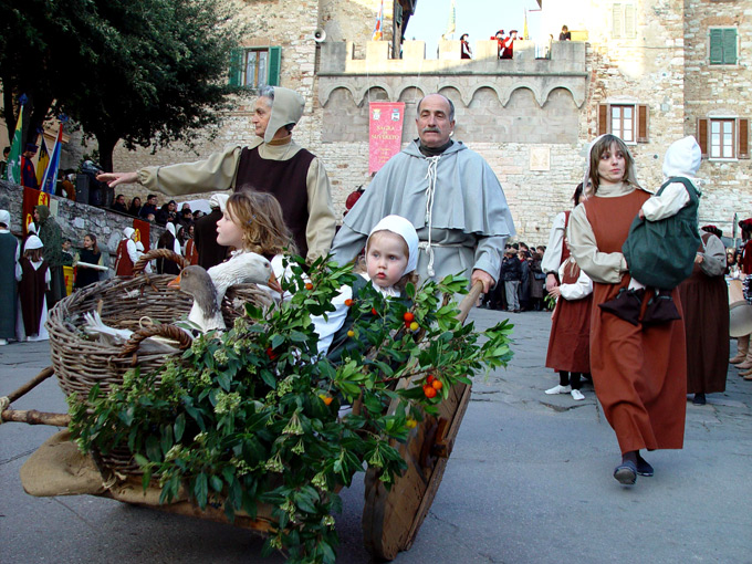 Figuranten op de serate medievali