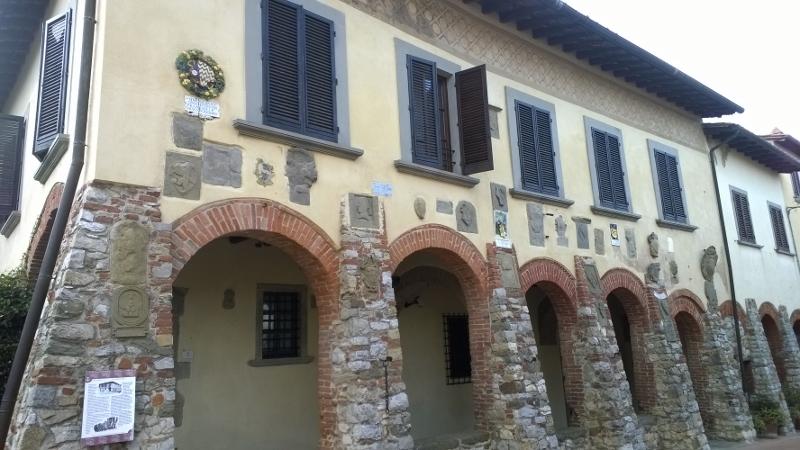 voormalig stadhuis palazzo della podesta