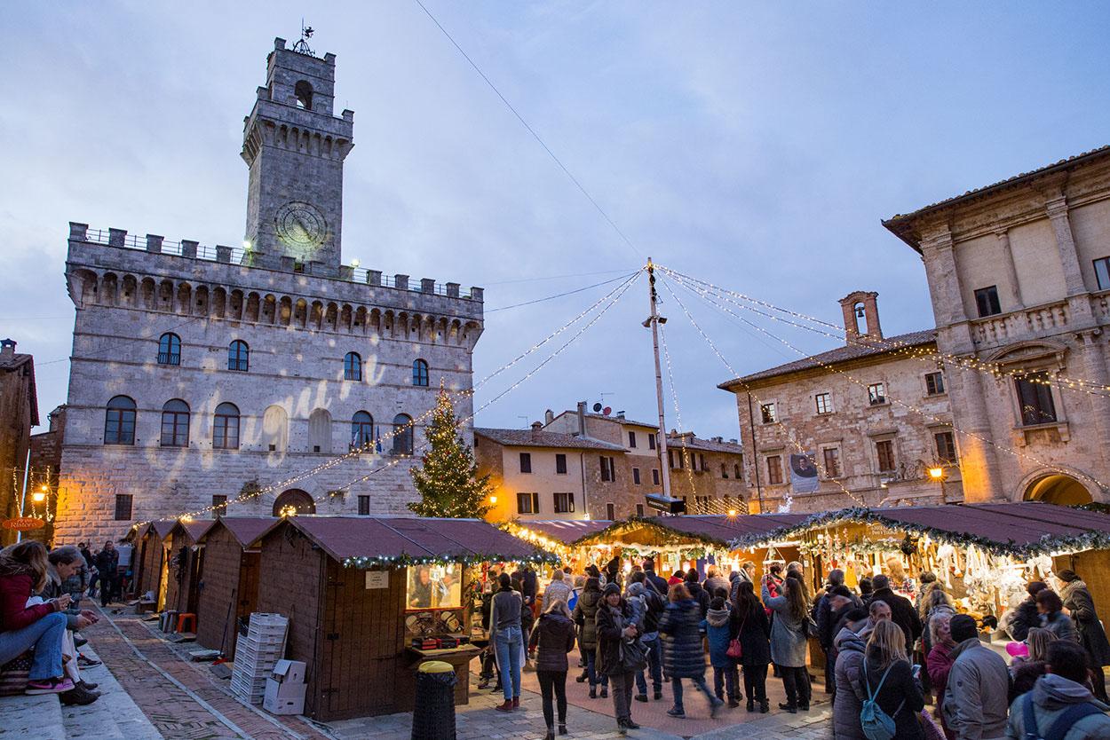 kerstmarkt-in-montepulciano