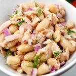 Fagioli con tonno e cipolla (bonen met tonijn en ui)