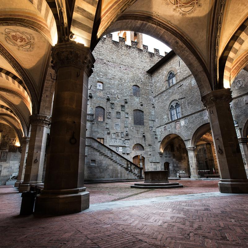 Bargello-binnenkoer-Firenze