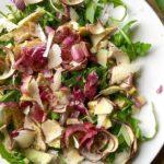 Insalata di carciofi, grana e rucola (salade van artisjokken, parmezaanse kaas en rucola)