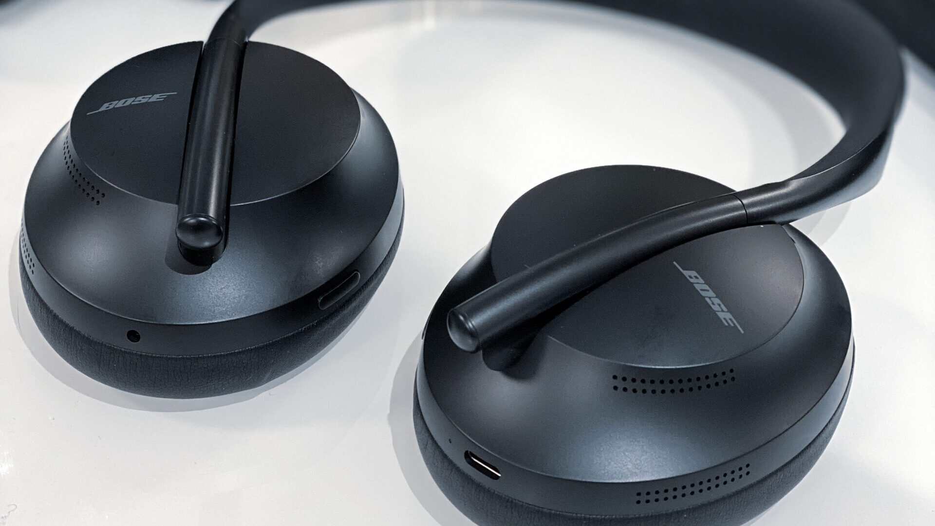 Bose 700 headphones close-up