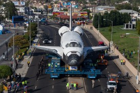 Space shuttle Endeavor makes its way to Los Angeles Space Museum