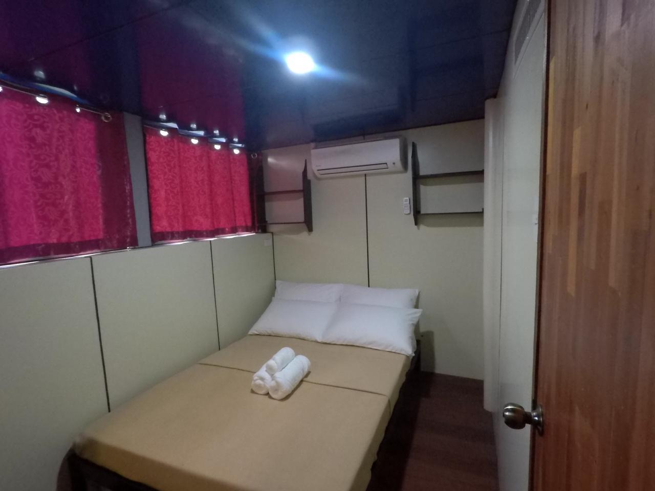 cabin-1a