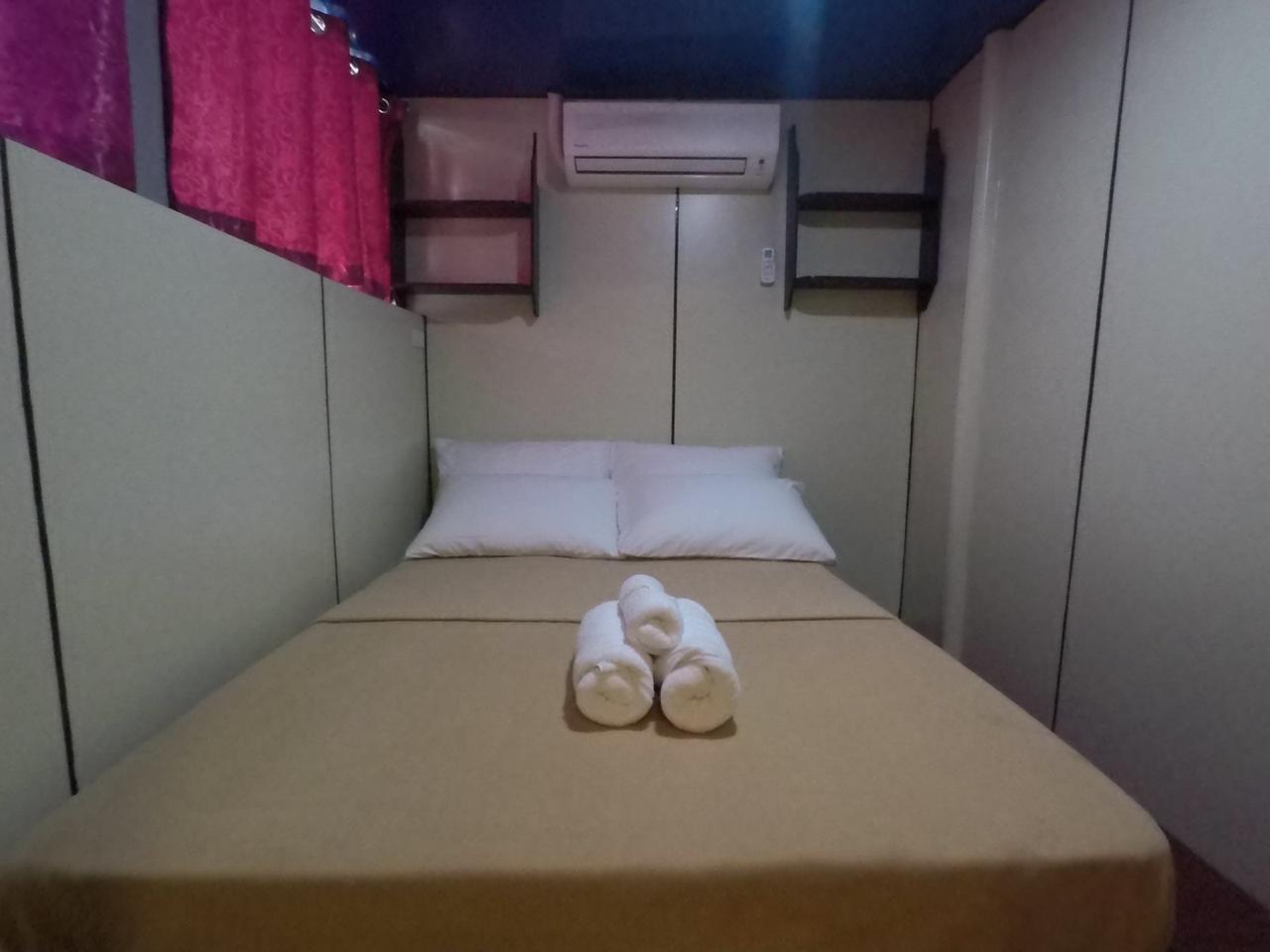 cabin-1b