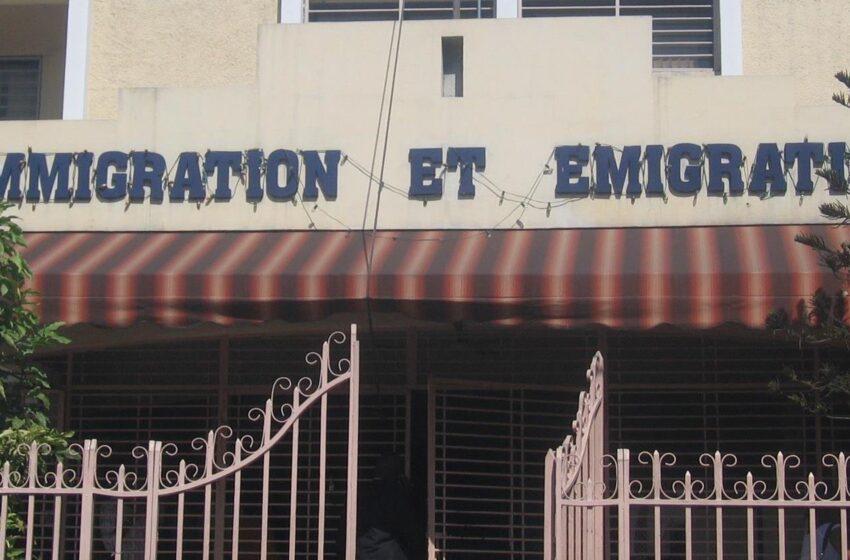 Immigration et Emigration, manque d'essence les services sont mis en arrêts