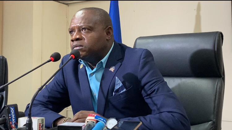 Lucmane Délile préoccupé par le comportement des gangs armés dans le pays