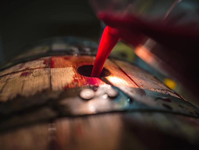 Using Oak Wine Barrel