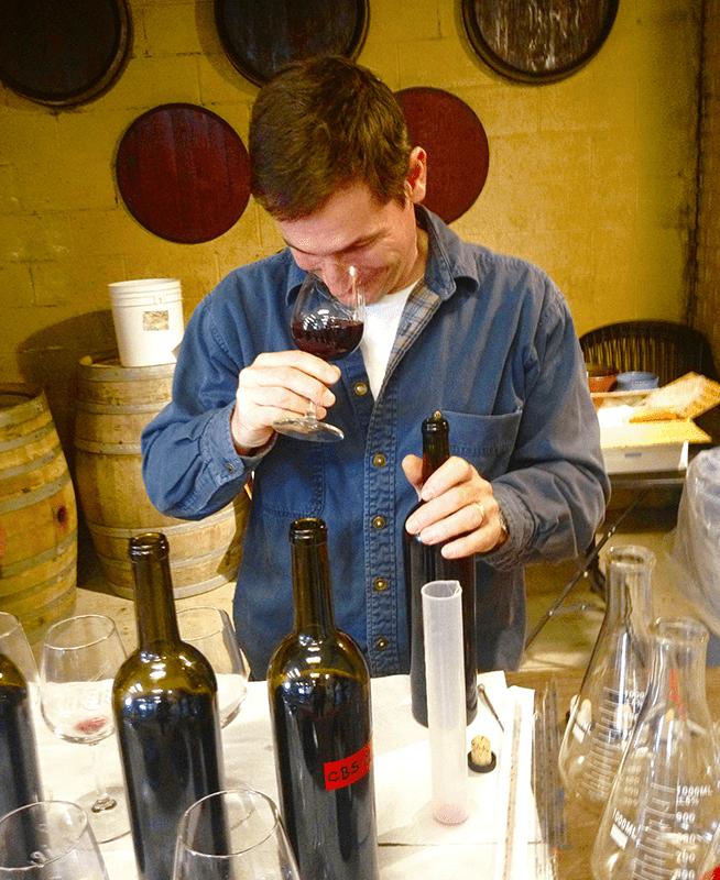 Winemakers Wine Smells LIke Acetone
