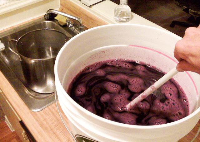 Adding Sugar To A Sweet Reserve Wine Ingredient Kit