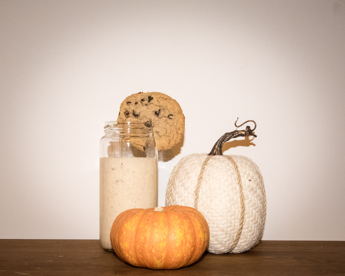 Oatmeal Cookie Protein Shake with Pumpkin Decor