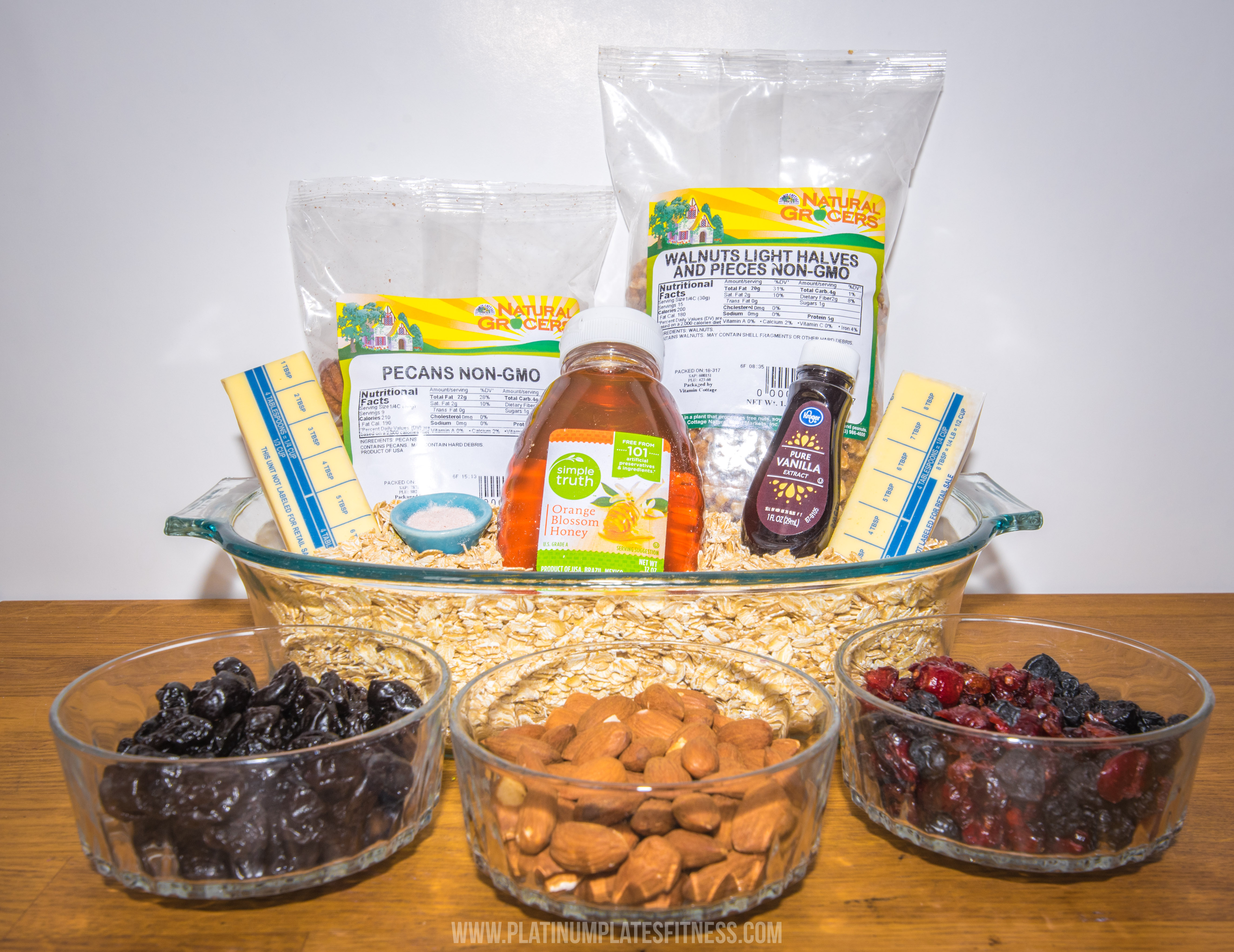homemade, granola, denver, meal prep, breakfast, yougurt, bowl, berries, healthy, blogger, nutrition