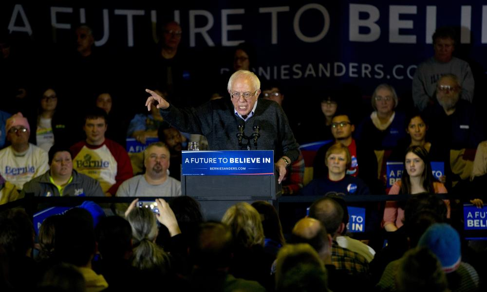 Sanders addresses the Clinton, Iowa crowd.