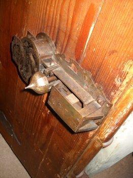 lock mechanism close-up
