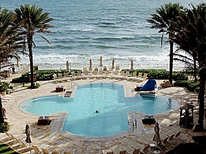 The gorgeous adult pool at Eau Palm Beach Resort & Spa © 2015 Karen Rubin/news-photos-features.com