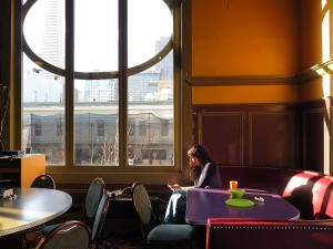 Enjoying breakfast in the ballroom of the Green Tortoise Hostel © 2015 Karen Rubin/news-photos-features.com