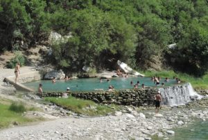 The Benje thermal springs is a popular attraction © 2016 Karen Rubin/goingplacesfarandnear.com