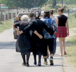 Ladies walking down the road © 2016 Karen Rubin/news-photos-features.com