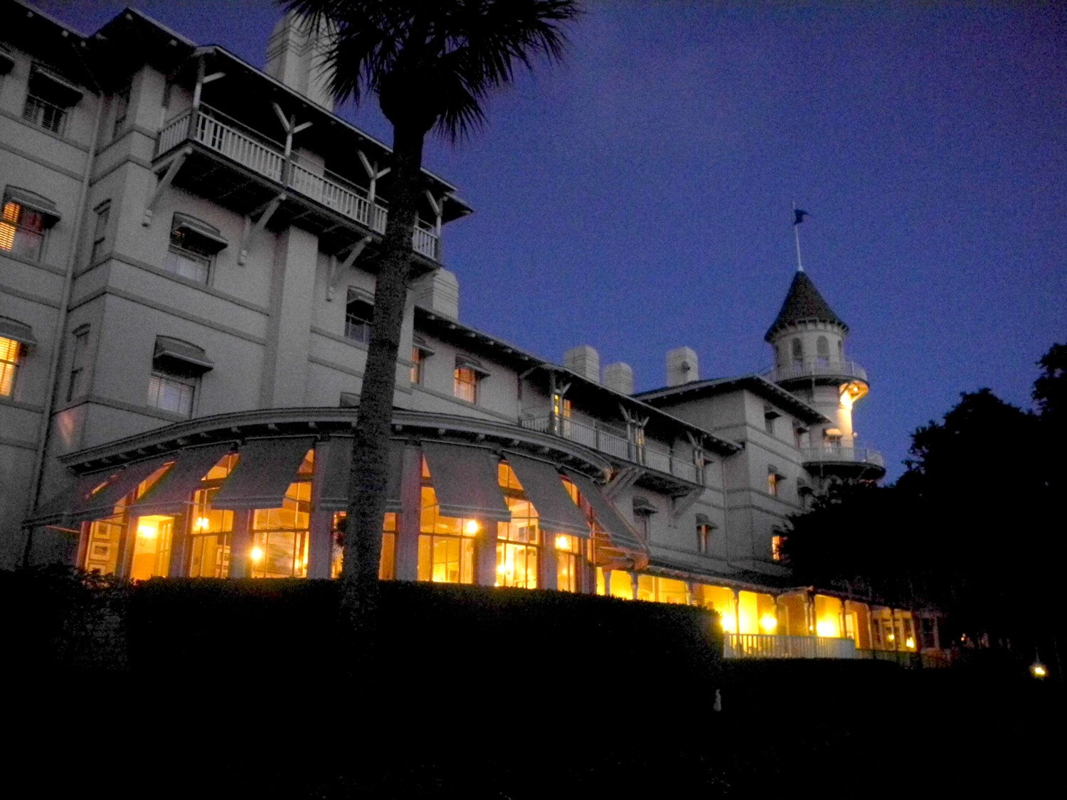 Top 25 Most Haunted Historic Hotels for 2017 Named by Historic Hotels of America