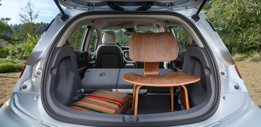 Chevy-Bolt-trunk-space