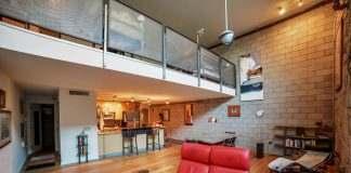 Ice House Loft 115 Greatroom